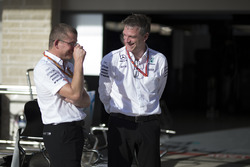 Simon Cole, Mercedes AMG F1 şef psit mühendisi ve James Allison, Mercedes AMG F1 teknik direktörü