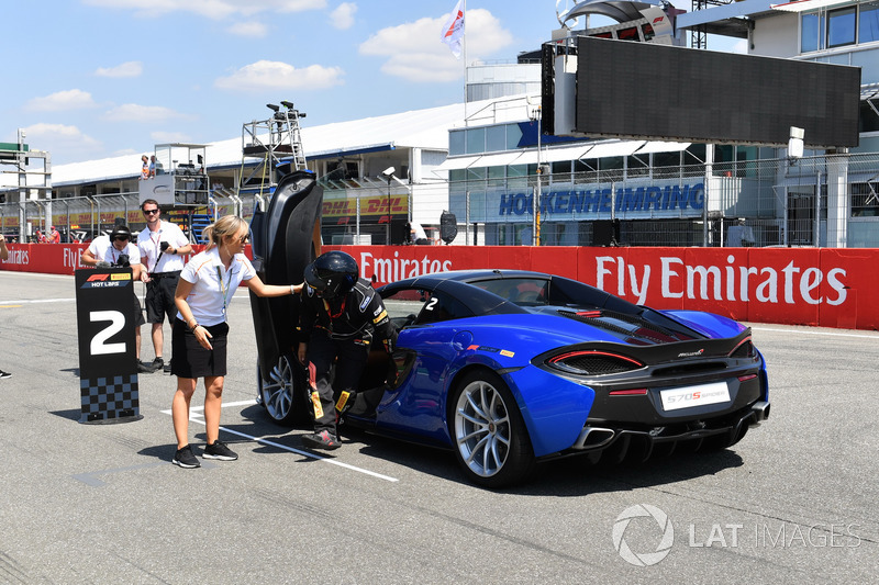 Pirelli hot laps