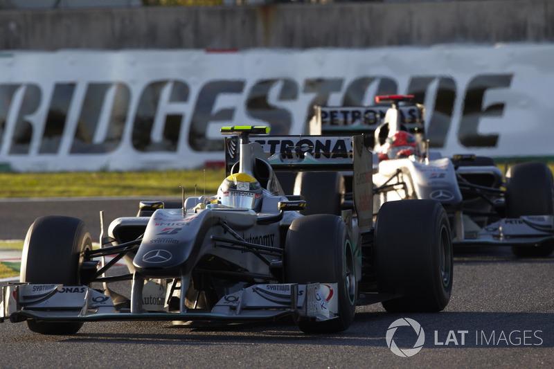 2010: Mercedes GP W01
