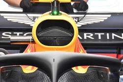 Le halo et la prise d'air de la Red Bull Racing RB14