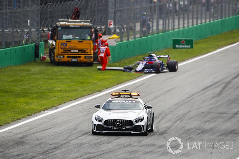Автомобіль безпеки, Брендон Хартлі, Toro Rosso STR13