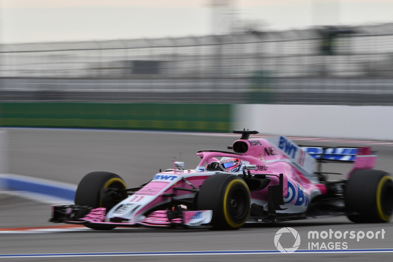 8: Sergio Perez, Racing Point Force India VJM11, 1'33.563