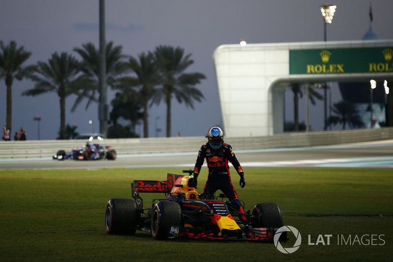 Daniel Ricciardo, Red Bull Racing RB13 (6 abandonos)