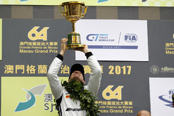 Podium: Race winner Edoardo Mortara, Mercedes-AMG Team Driving Academy, Mercedes - AMG GT3