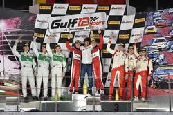 Podio: ganadores Davide Rigon, Miguel Molina, Michal Bromiszewski, Kessel Racing, segundo lugar Rina