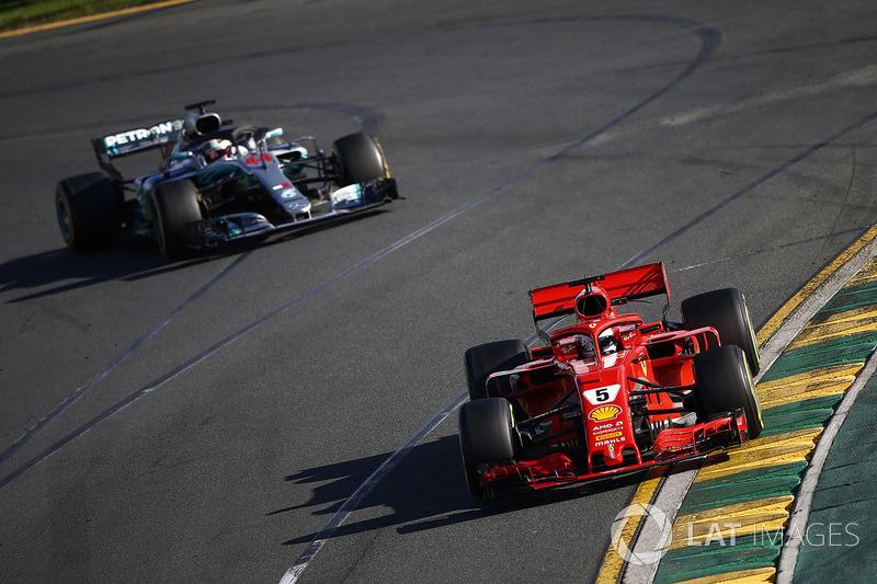 Hamilton, Vettel'in pit stopların ardından önüne geçmesine şaşırdı