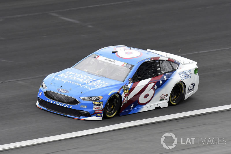 17. Matt Kenseth, Roush Fenway Racing, Ford Fusion Wyndham Rewards