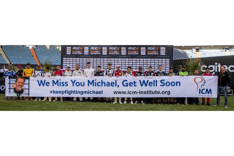 I piloti rendono omaggio a Michael Schumacher
