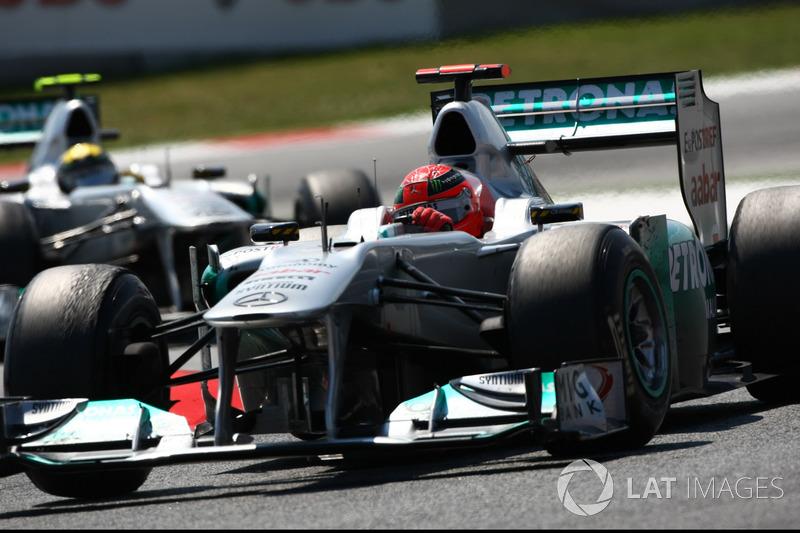 Michael Schumacher, Mercedes GP W02, Nico Rosberg, Mercedes GP W02