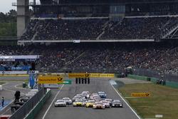 Restart: Jamie Green, Audi Sport Team Rosberg, Audi RS 5 DTM, führt