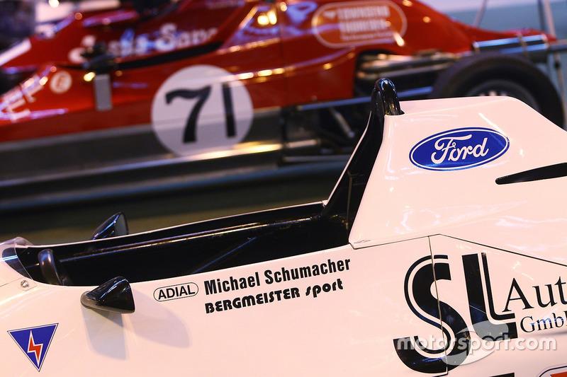 Formula Ford incluyendo el Van Diemen RF87 de Michael Schumacher