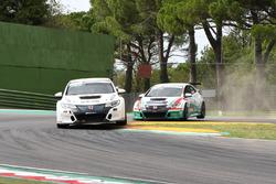 Jonathan Giacon, Honda Civic TCR precede Eric Scalvini, MM Motorsport, Honda Civic TCR-TCR
