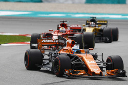 Фернандо Алонсо, McLaren MCL32, Себастьян Феттель, Ferrari SF70H, Ніко Хюлькенберг, Renault Sport F1 Team RS17