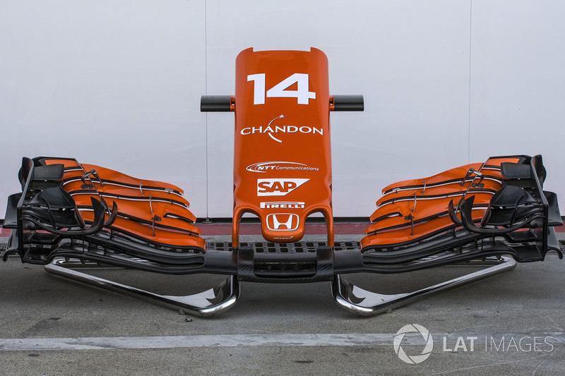 McLaren MCL32 nariz y el ala delantera