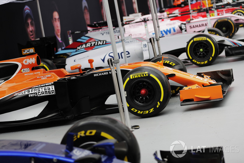 Scuderia Toro Rosso, McLaren, Williams, Sahara Force India F1, Ferrari und Red Bull Racing