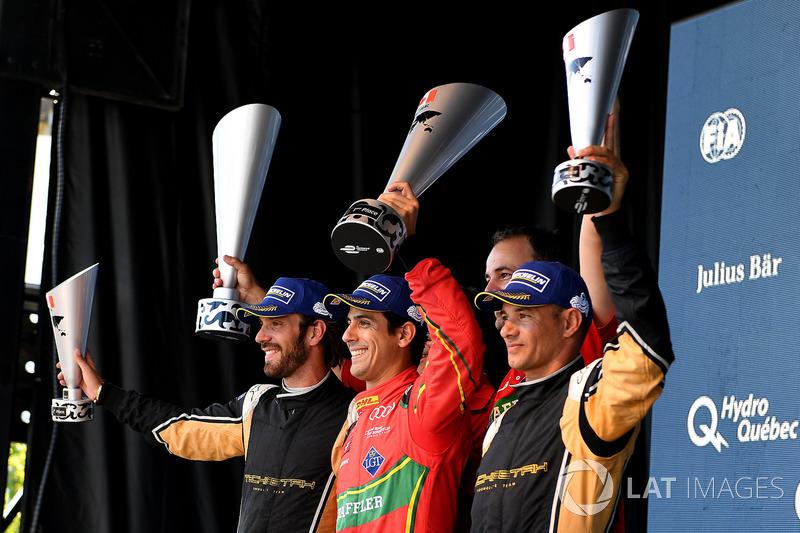 Podio Jean-Eric Vergne, Techeetah, Lucas di Grassi, ABT Schaeffler Audi Sport, y Stéphane Sarrazin, Techeetah, celebran