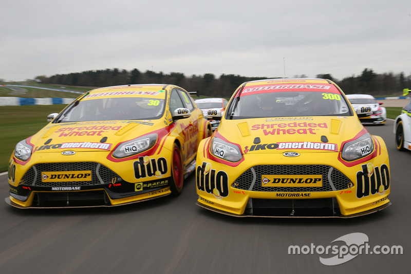 Team Shredded Wheat Racing with Duo Ford Focus