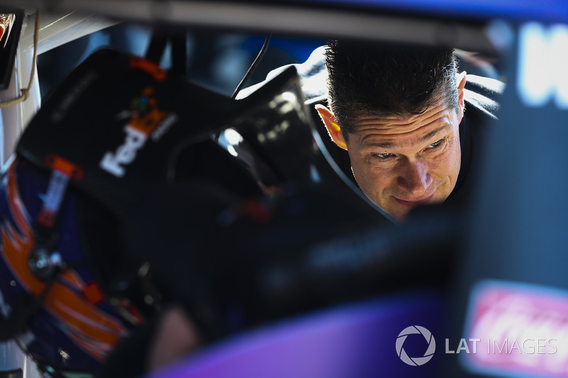 Crewmitglied: Joe Gibbs Racing
