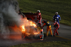 Мартін Труекс-мол., Furniture Row Racing Toyota, crash