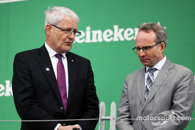 Марк Гарно, Міністр транспорту Канади
