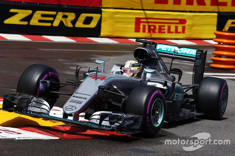 2016: Ganador de la carrera Lewis Hamilton (Mercedes F1 W07Hybrid)