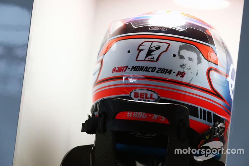 Шолом Ромена Грожана, Haas F1 Team, з присвятою Жюлю Б'янкі