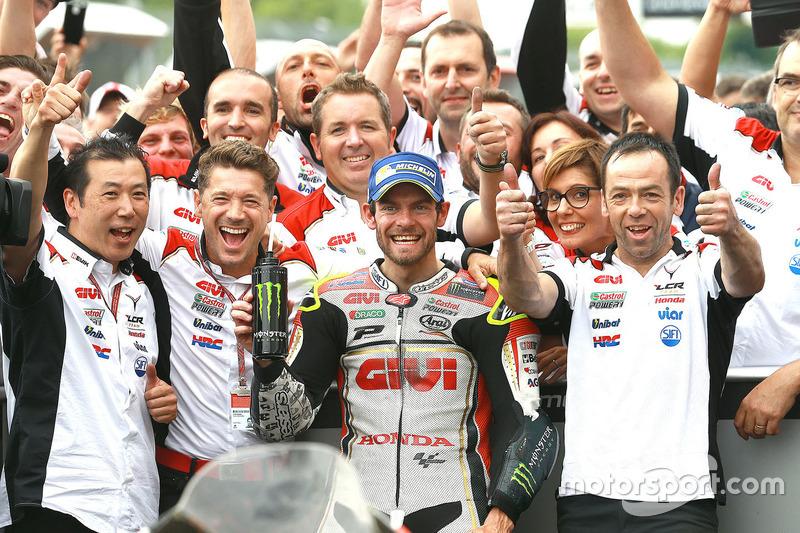 Il vincitore della gara Cal Crutchlow, Team LCR Honda