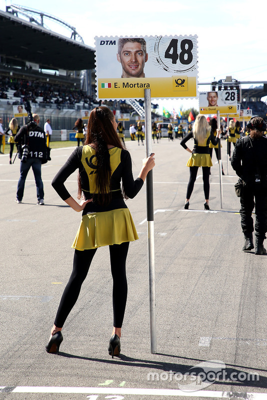 Grid girl of Edoardo Mortara, Mercedes-AMG Team HWA