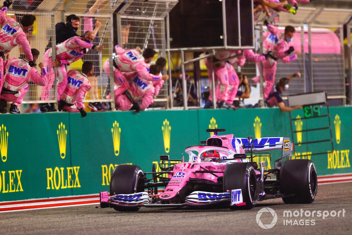 Sergio Perez, Racing Point RP20, 1st position, takes victory to the delight of his team on the pit wall