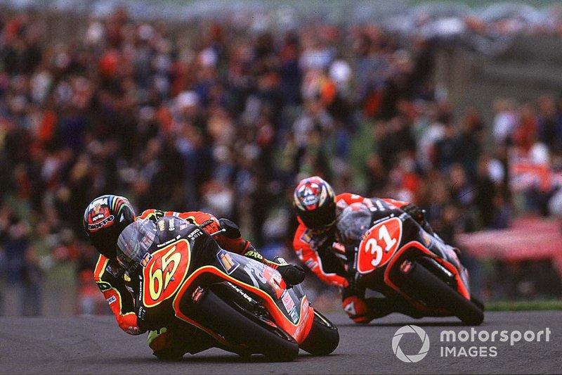 Чемпіон у класі 250 см<sup>3</sup> у 1998 році