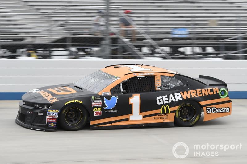 20. Jamie McMurray, Chip Ganassi Racing, Chevrolet Camaro GEARWRENCH