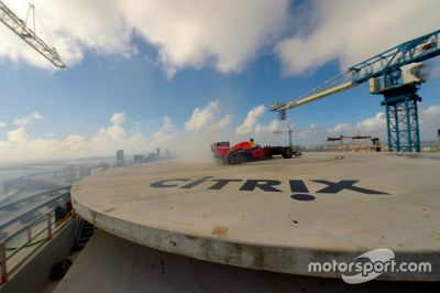 Red Bull Racing Haciendo Donuts en Miami