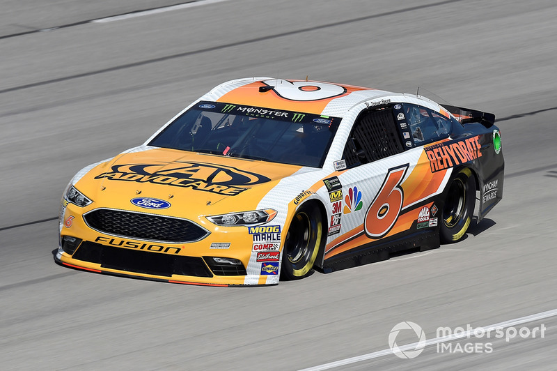15. Trevor Bayne, Roush Fenway Racing, Ford Fusion AdvoCare Rehydrate