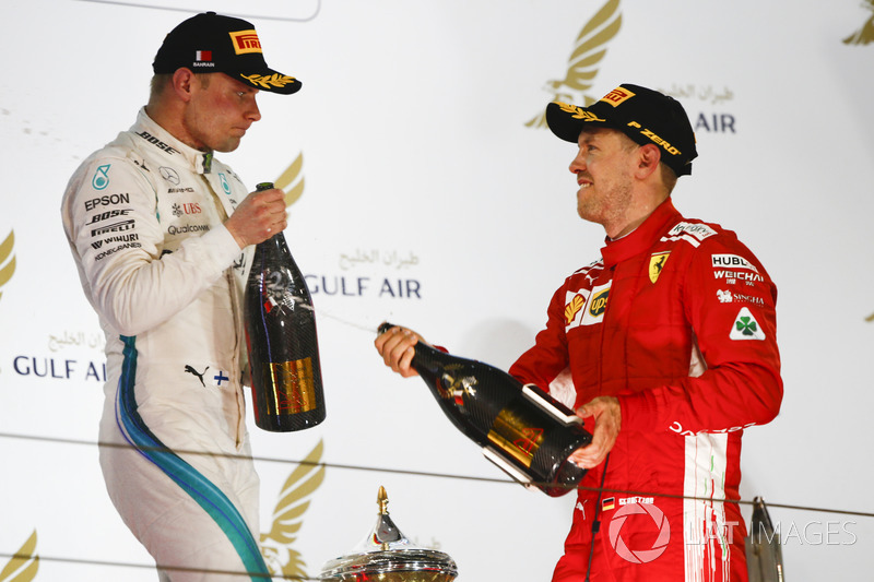 Valtteri Bottas, Mercedes AMG F1, Sebastian Vettel, Ferrari