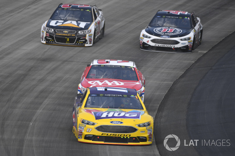 Ricky Stenhouse Jr., Roush Fenway Racing, Ford; Austin Dillon, Richard Childress Racing, Chevrolet;,