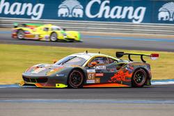 #61 Clearwater Racing Ferrari 488 GT3: Mok Weng Sun, Keita Sawa, Matt Griffin