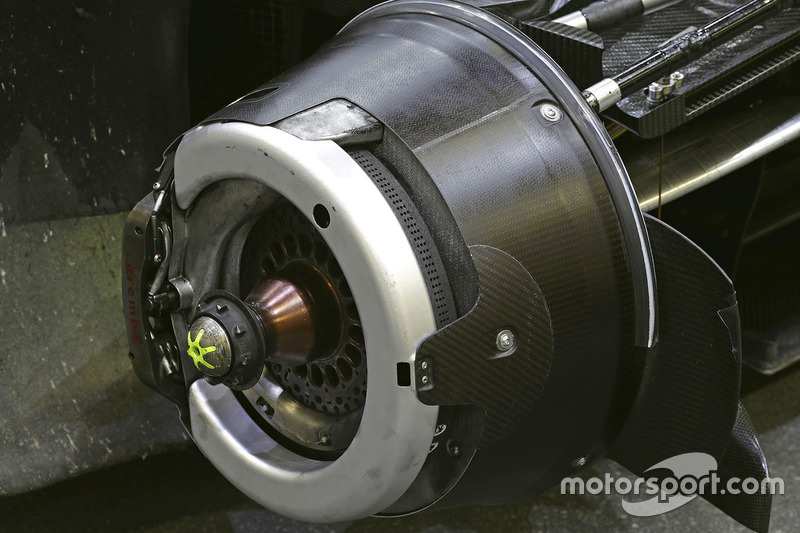 #8 Audi Sport Team Joest Audi R18 detalle de freno