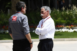 Günther Steiner, Haas F1, Teamchef; Chase Carey, Formel-1-Boss