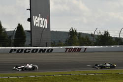 Helio Castroneves, Team Penske Chevrolet, Ed Carpenter, Ed Carpenter Racing Chevrolet