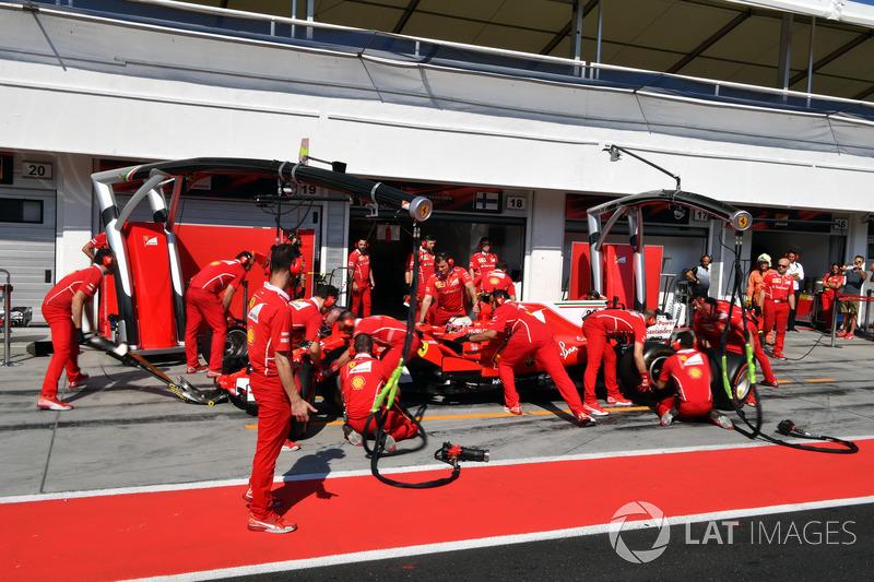 Шарль Леклер, Ferrari SF70H піт-стоп