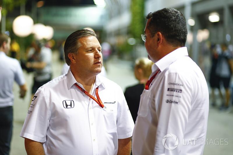 Zak Brown Executive Director McLaren Technology Group, Eric Boullier, Director del Racing, McLaren