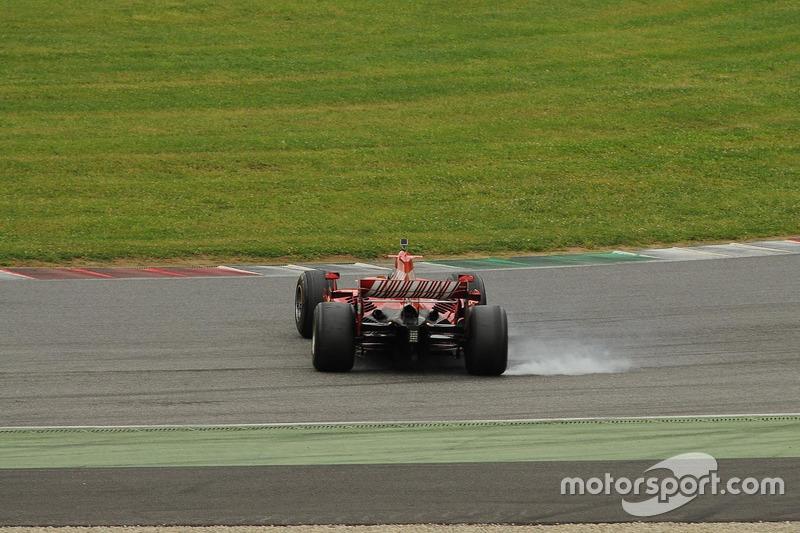Ferrari F2007 im Kiesbett