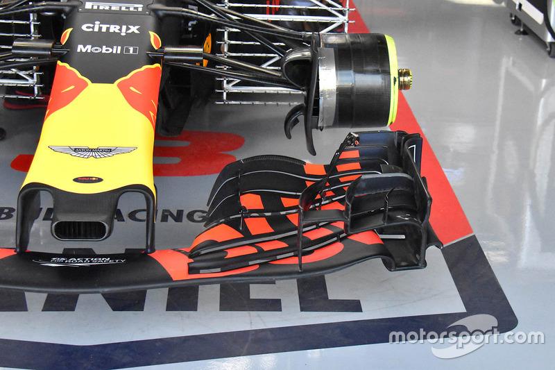 Переднее крыло Red Bull RB14 (машина Даниэля Риккардо)