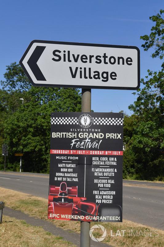 Le village de Silverstone