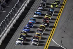 Kasey Kahne, Leavine Family Racing, Chevrolet Camaro Thorne Wellness and Kevin Harvick, Stewart-Haas Racing, Ford Fusion Jimmy John's Kickin' Ranch