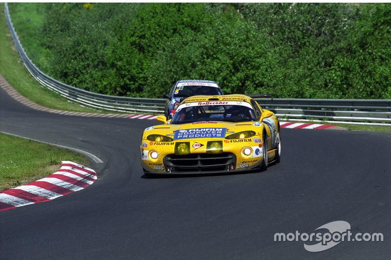 2002: Петер Цаковски, Роберт Лехнер, Педро Лами – Chrysler Viper GTS-R