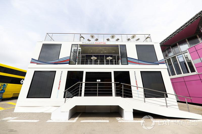 El área de autocaravanas y hospitalidad del equipo Williams