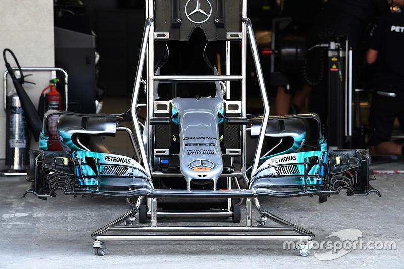 Morro y alerón delantero del W08 de Mercedes-Benz F1