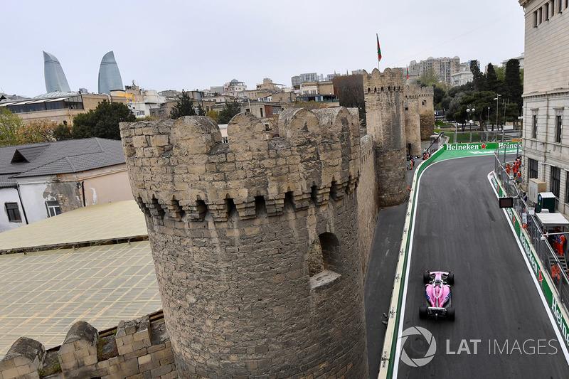8: Серхио Перес, Force India VJM11 –  1:42.547