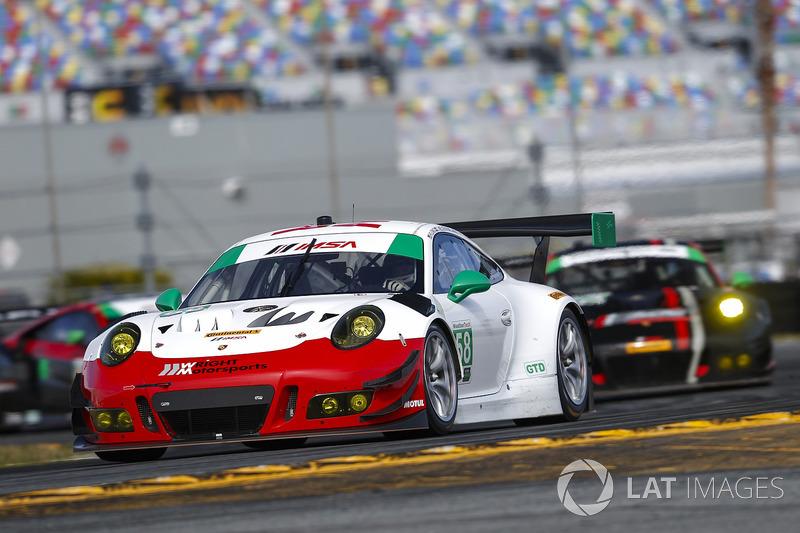 37.- #58 Wright Motorsports Porsche 911 GT3 R, GTD: Patrick Long, Christina Nielsen, Robert Renauer, Mathieu Jaminet